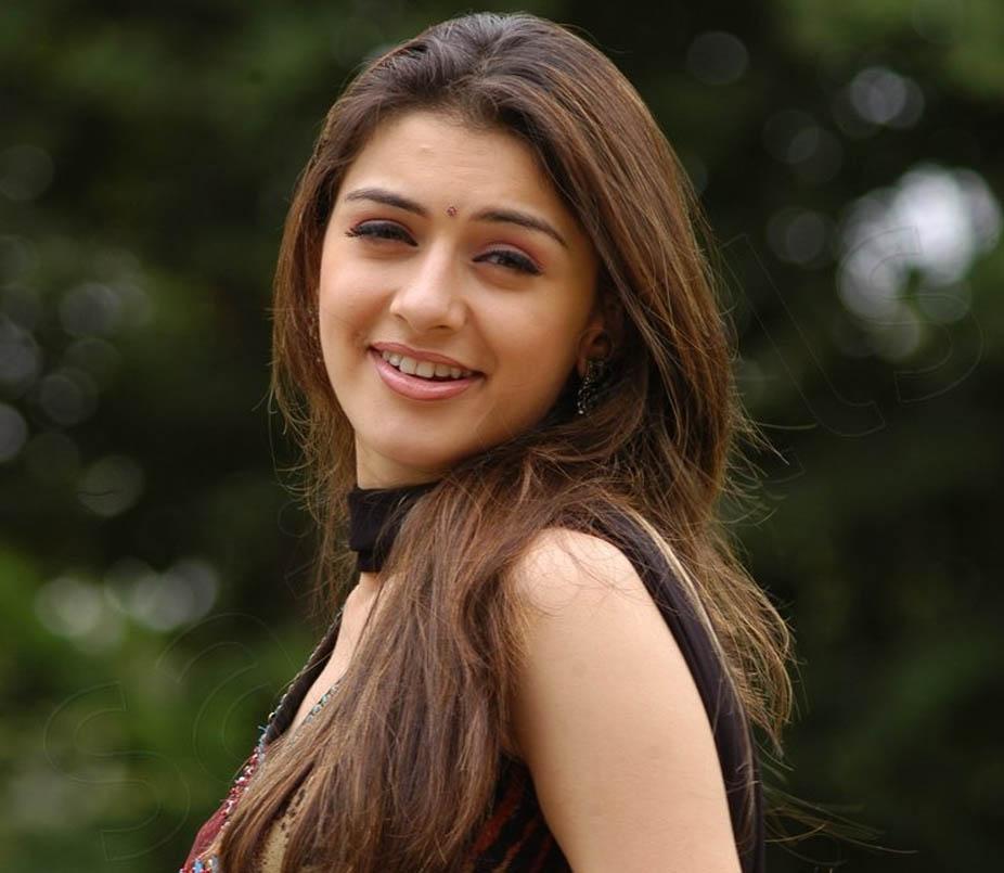 Bollywood Actress Hansika Wallpapers Hd Background Dowload