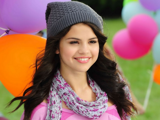 06-p8890-selena-gomez-hot-cute-beautiful-13.jpg