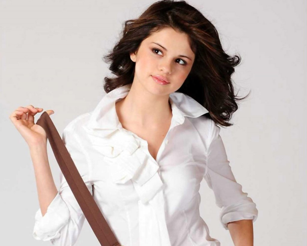 selena gomez real cell - photo #43