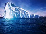 Antartica Iceberg Wallpaper