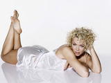 Nell Macandrew Wallpaper