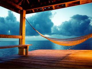 Paraiso Beach Hammock  Wallpaper