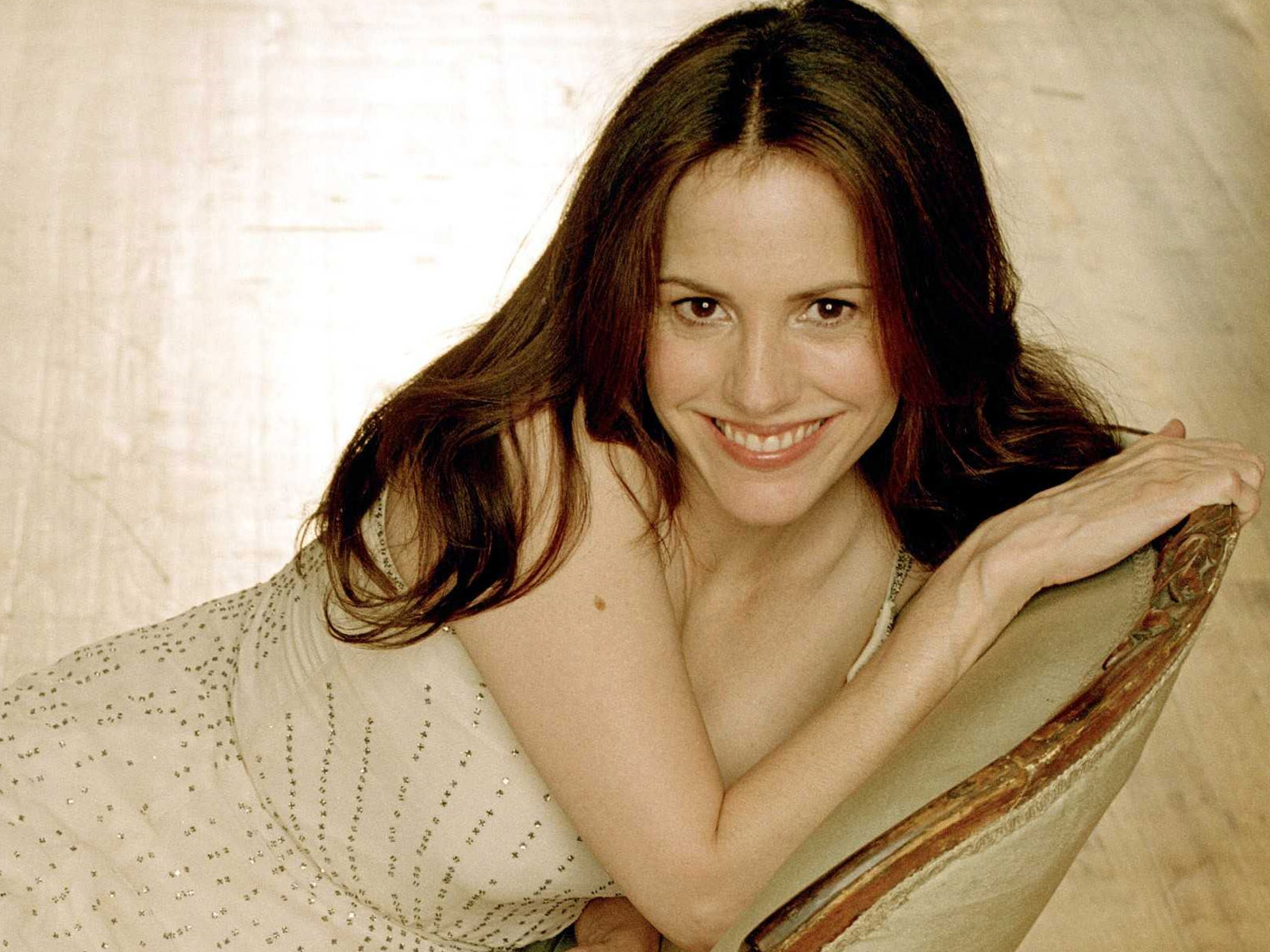 Mary louise parker wallpaper free hd backgrounds images pictures mary louise parker wallpaper voltagebd Gallery